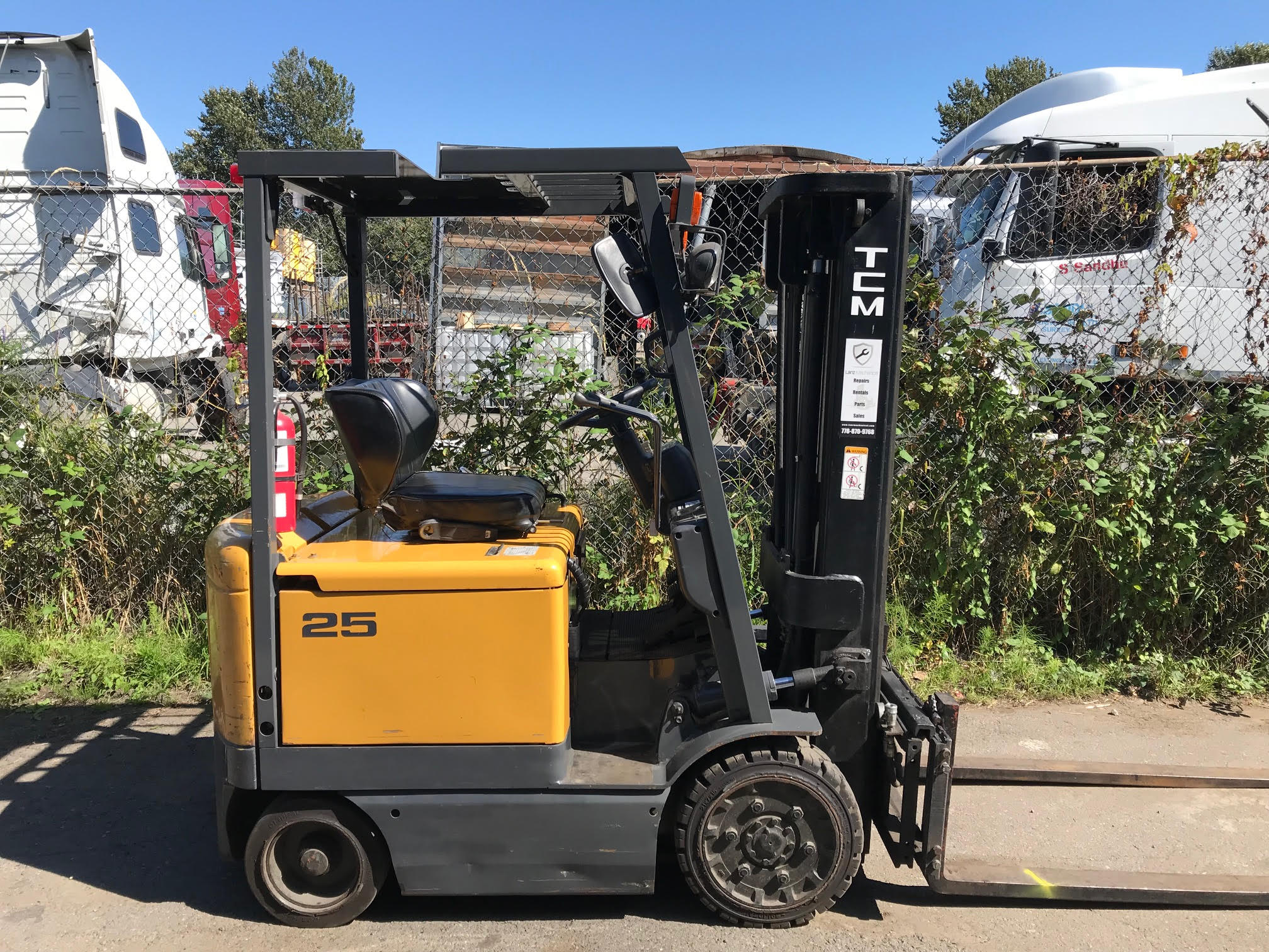 TCM 48V ELECTRIC 4-WHEEL FORKLIFT (4,600 LB Capacity)