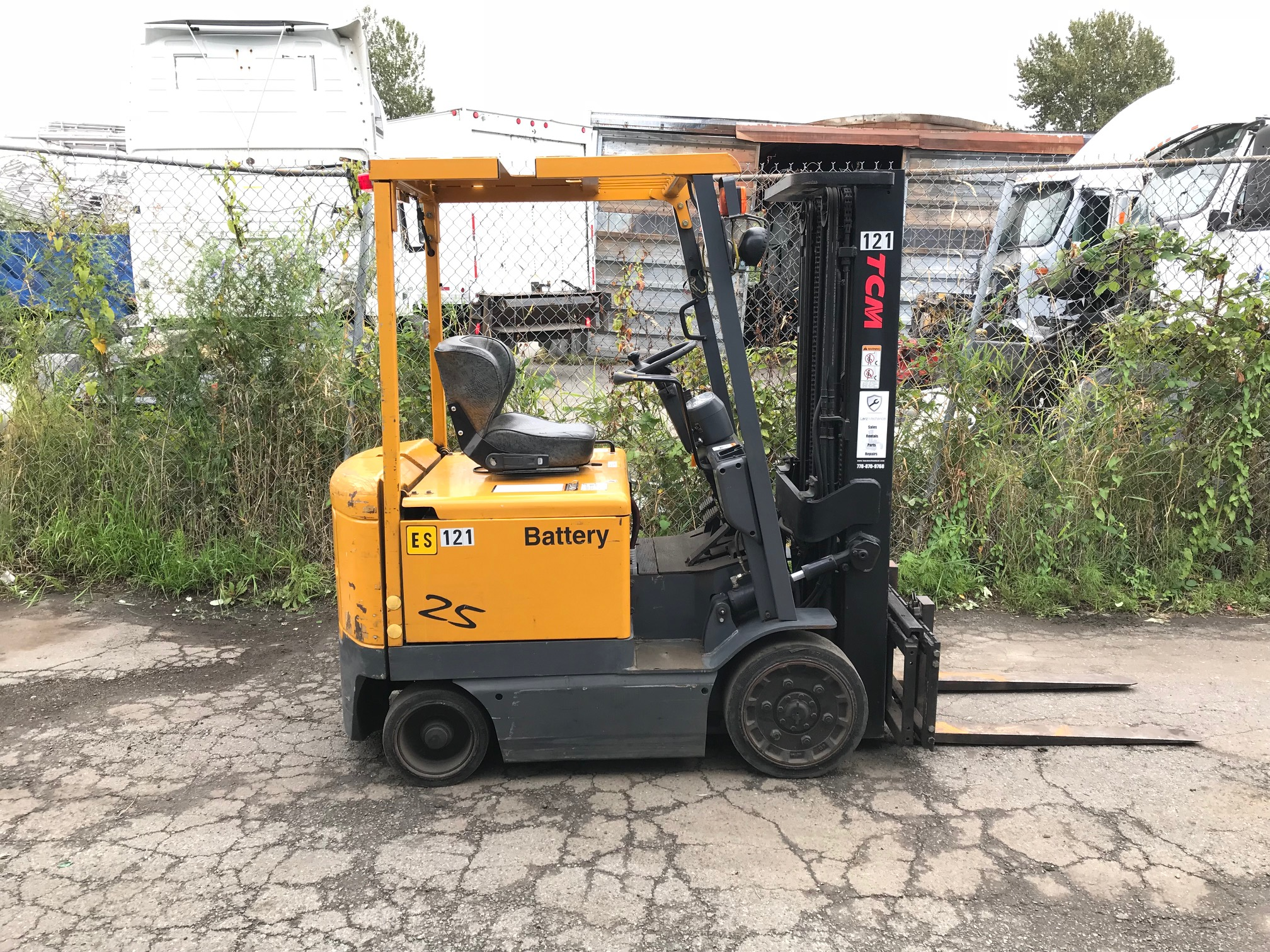 TCM 48V ELECTRIC 4-WHEEL FORKLIFT (4,300 LB Capacity)